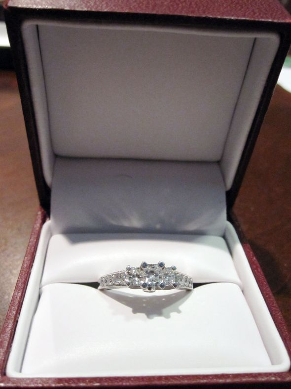 my beautiful engagement ring in the helzberg box