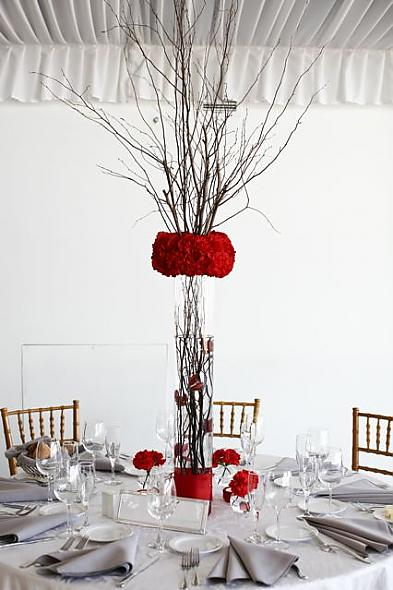 inexpensive tall reception centerpieces
