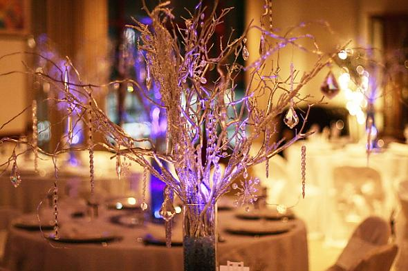 Manzanita Curly Willow Centerpieces with Crystals on all the guest tables