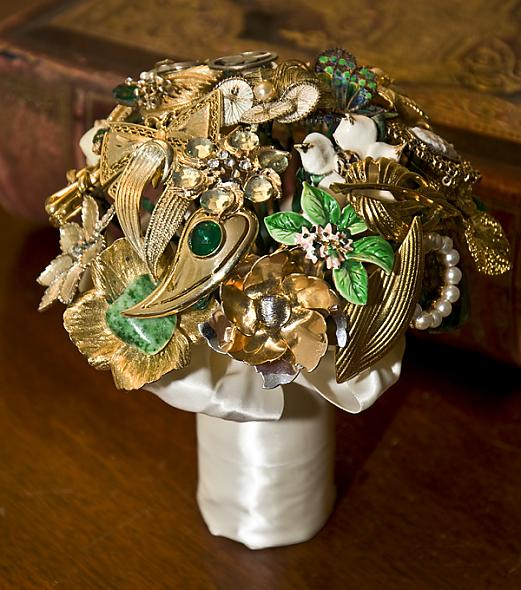 Brooch Bridesmaid 39s Bouquet Posted 2 years ago by justwhenuthought in