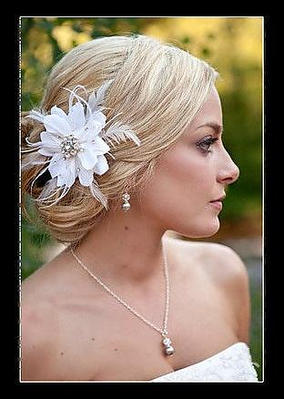 Hair flower and jewelry from Etsy